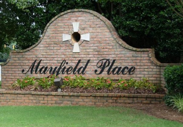 Live Off Of Mayfield Road In Mayfield Place